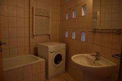 10085-2088-elado-lakas-for-sale-flat-1135-budapest-xiii-kerulet-lehel-utca-i-emelet-1st-floor-46m2-833-1.jpg