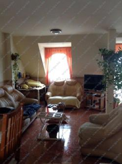 Eladó ház 2000 Szentendre Pomázi út 270m2 57M Ft Ingatlan kép: 14
