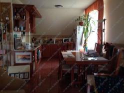 Eladó ház 2000 Szentendre Pomázi út 270m2 57M Ft Ingatlan kép: 16