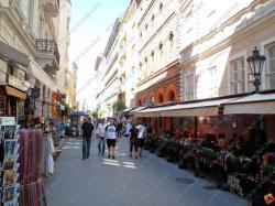 10098-2062-elado-lakas-for-sale-flat-1056-budapest-v-kerulet-belvaros-lipotvaros-magasfoldszint-high-floor-75m2.jpg