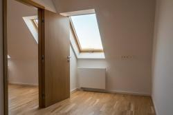 10104-2005-elado-lakas-for-sale-flat-1064-budapest-vi-kerulet-terezvaros-vorosmarty-utca-vemelet-5th-floor-79m2-144.jpg
