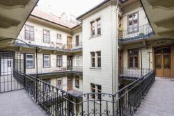 10105-2041-elado-lakas-for-sale-flat-1077-budapest-vii-kerulet-erzsebetvaros-wesselenyi-utca-ii-emelet-2nd-floor-125m2-379-1.jpg