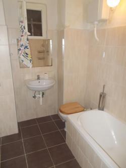 10109-2054-elado-lakas-for-sale-flat-1077-budapest-vii-kerulet-erzsebetvaros-kis-diofa-utca-fsz-ground-26m2-834.jpg