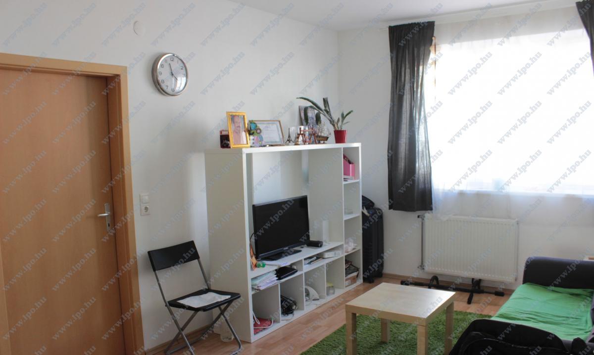 Kiadó lakás 1082 Budapest Futó utca 42m2 145000 Ft/hó Ingatlan kép: 1