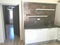 10112-2006-elado-lakas-for-sale-flat-1085-budapest-viii-kerulet-jozsefvaros-gyulai-pal-utca-iv-emelet-iv-floor-63m2-373-1.jpg