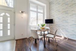 10112-2041-elado-lakas-for-sale-flat-1072-budapest-vii-kerulet-erzsebetvaros-iii-emelet-3rd-floor-49m2-511.jpg