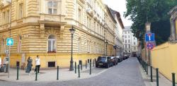 Eladó lakás 1053 Budapest 147m2 147M Ft Ingatlan kép: 1