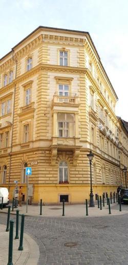 Eladó lakás 1053 Budapest 147m2 147M Ft Ingatlan kép: 4