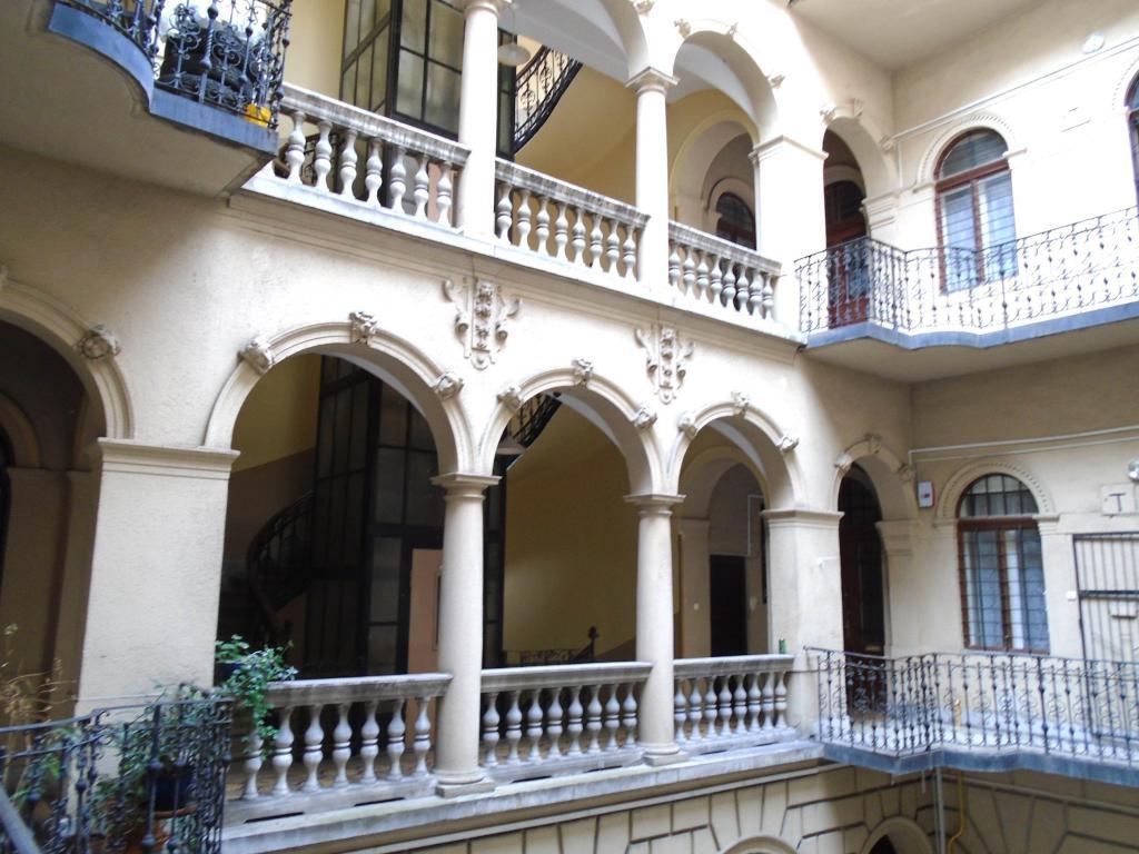 Eladó lakás 1073 Budapest Erzsébet körút 40m2 199000 € Ingatlan kép: 1