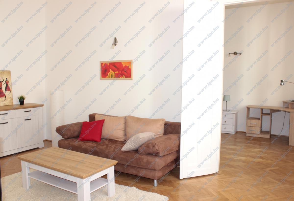 Kiadó lakás 1053 Budapest Veres Pálné utca 68m2 190000 Ft/hó Ingatlan kép: 1