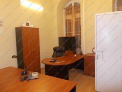 Kiadó iroda 1051 Budapest Sas utca 64m2 250000 Ft/hó Ingatlan kép: 5