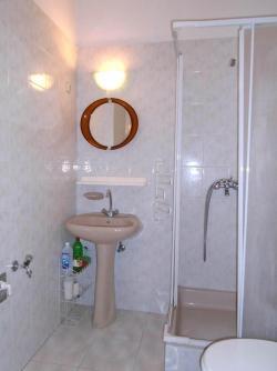 Kiadó lakás 1136 Budapest Hollán Ernő utca 32m2 130000 Ft/hó Ingatlan kép: 7