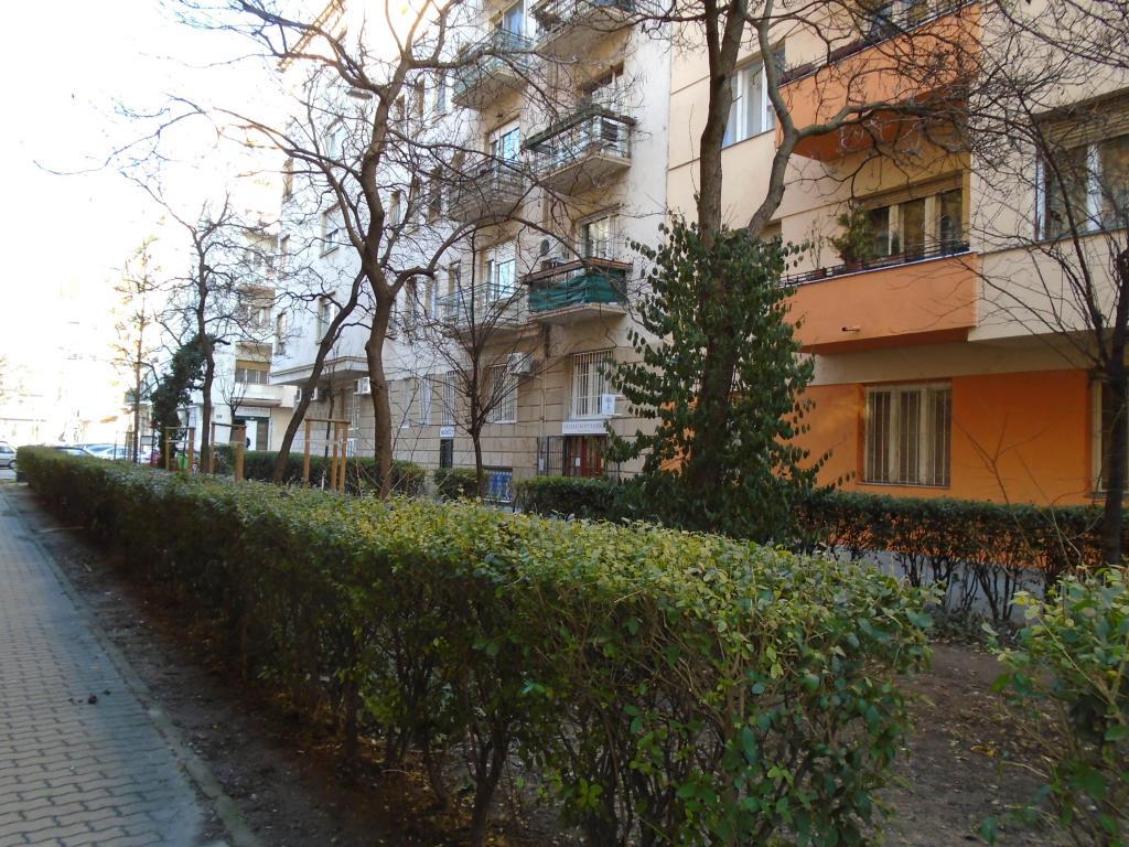 Kiadó lakás 1136 Budapest Hollán Ernő utca 32m2 130000 Ft/hó Ingatlan kép: 1