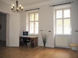 Eladó lakás 1051 Budapest Dorottya utca 52m2 184000 € Ingatlan kép: 2
