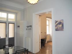 Eladó lakás 1051 Budapest Dorottya utca 52m2 184000 € Ingatlan kép: 3