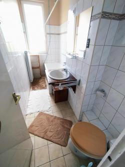 Eladó lakás 1142 Budapest Kassai tér 49m2 28,5M Ft Ingatlan kép: 5