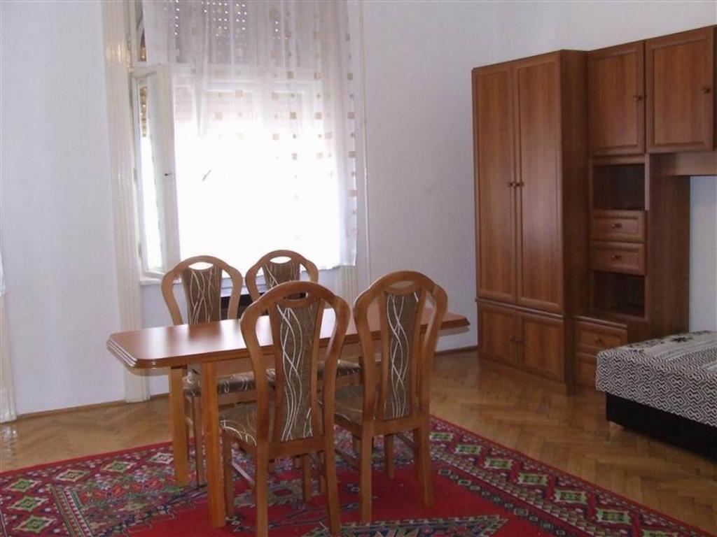 flat For sale 1082 Budapest Baross utca 73sqm 40,9M HUF Property image: 1