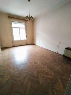 flat For sale 1053 Budapest Magyar utca 183sqm 137M HUF Property image: 11
