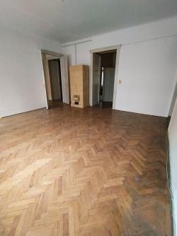 flat For sale 1053 Budapest Magyar utca 183sqm 137M HUF Property image: 9