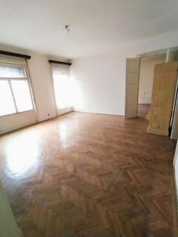 flat For sale 1053 Budapest Magyar utca 183sqm 137M HUF Property image: 3