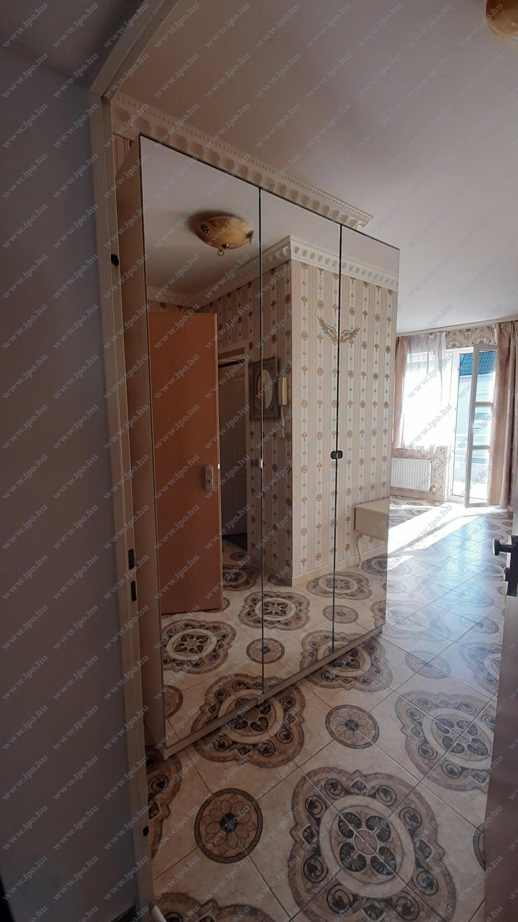 flat For rent 1043 Budapest Munkásotthon utca 47sqm 130000 HUF/month Property image: 1