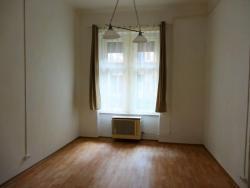 flat For rent 1071 Budapest Rottenbiller utca 27sqm 80000 HUF/month Property image: 1