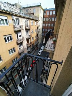 flat For rent 1075 Budapest Asbóth utca 48sqm 180000 HUF/month Property image: 2
