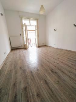 flat For rent 1075 Budapest Asbóth utca 48sqm 180000 HUF/month Property image: 4