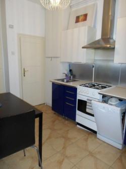 flat For rent 1053 Budapest Veres Pálné utca 41sqm 500 €/month Property image: 4