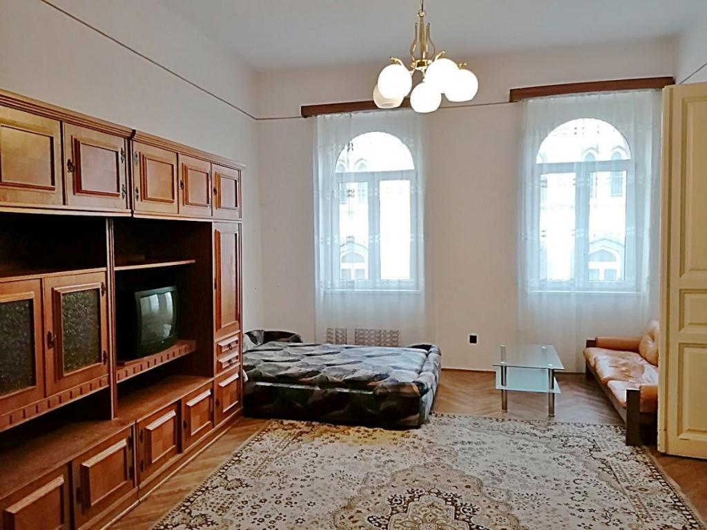 flat For rent 1064 Budapest Vörösmarty utca 70sqm 150000 HUF/month Property image: 1