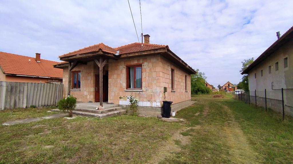 flat For sale 2760 Nagykáta Leánder utca 87sqm 20,9M HUF Property image: 1